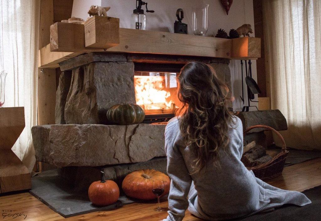 kominek-jesien-wieczor