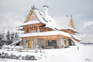 Villa Gorsky-snow-wooden-house
